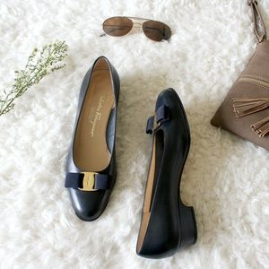 Salvatore Ferragamo ♡ navy vara bow heeled flats 8